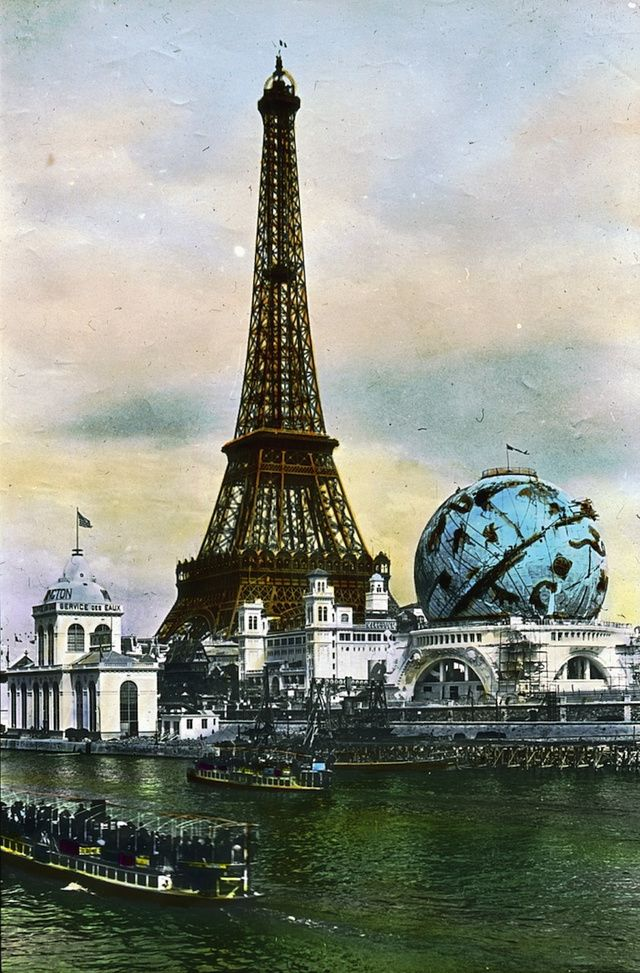 A view of the Exposition Universelle in 1900