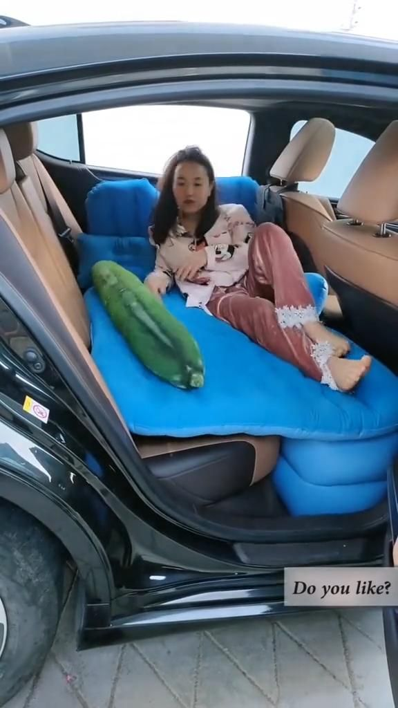 Car SUV Inflatable Back Seat Air Mattress With Air
