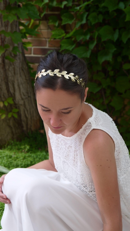 vívido y de gran estilo clientes primero elegir original Diadema de hojas doradas de inspiración griega. Siéntete ...
