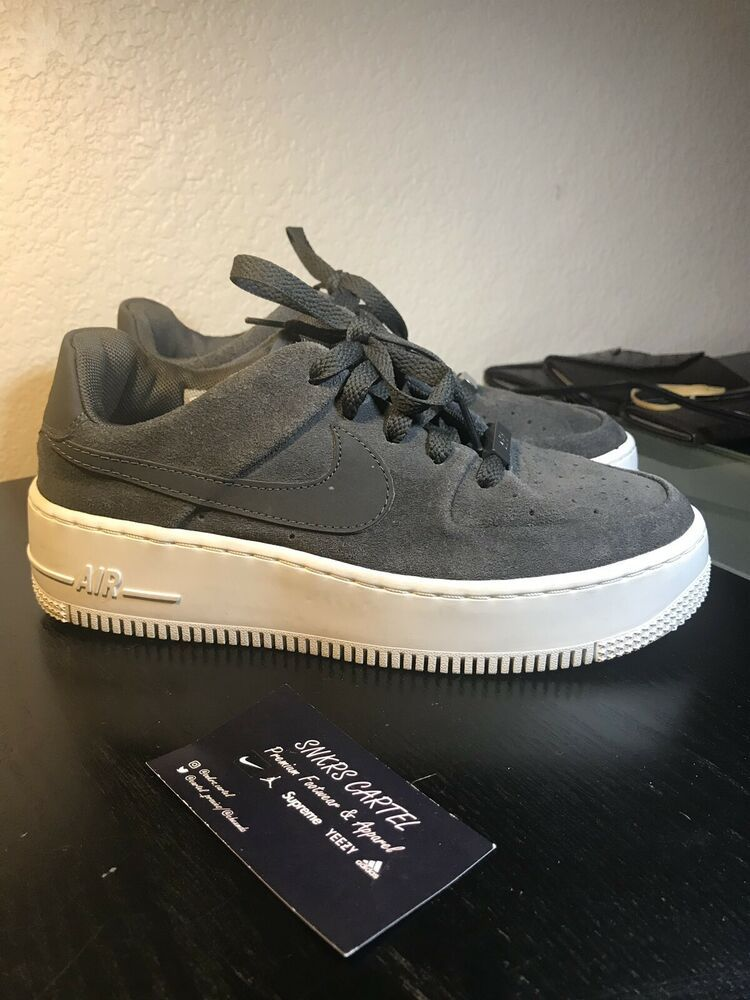 Womens Nike Air Force 1 Low Sage Night Grey Size 9.5 US