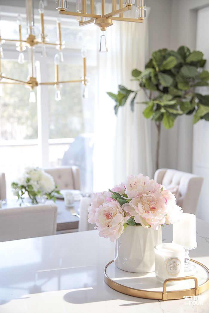 Light and Bright Spring Kitchen Decor Ideas - Setting for Four