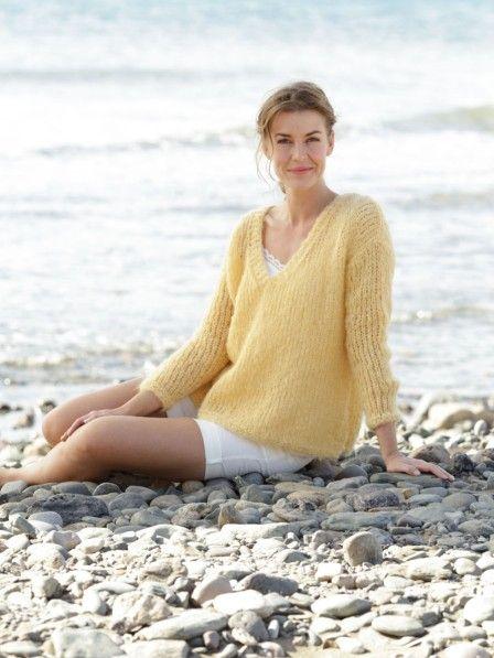 Auf diesen leichten Pullover können wir in der warmen Jahreszeit nicht verzichten!