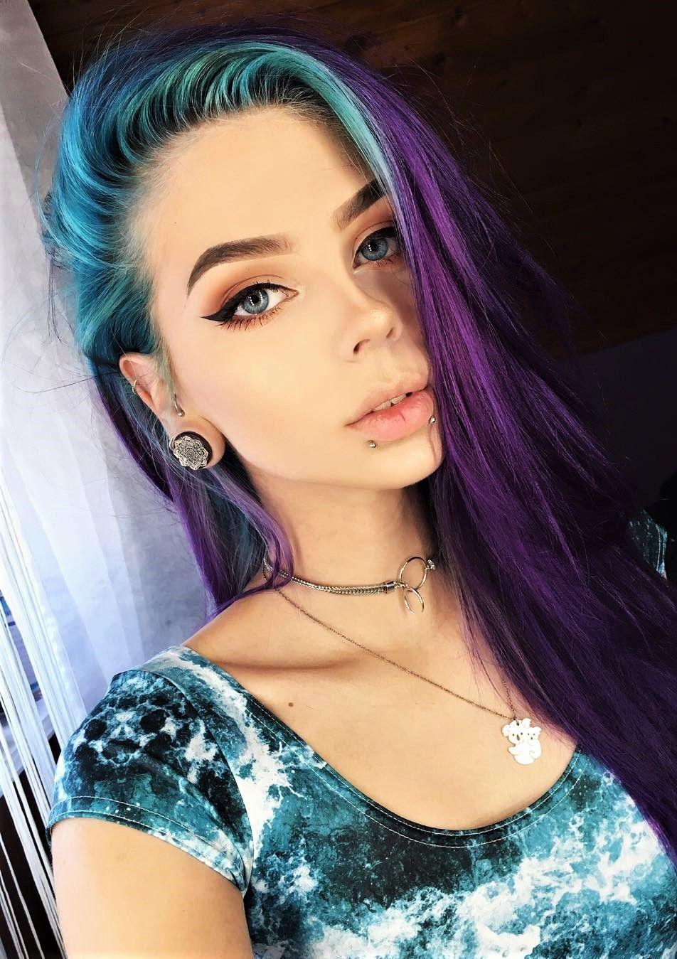 35 Edgy Hair Color Ideas To Try Right Now Edgy Hair Color Edgy Hair Cool Hairstyles