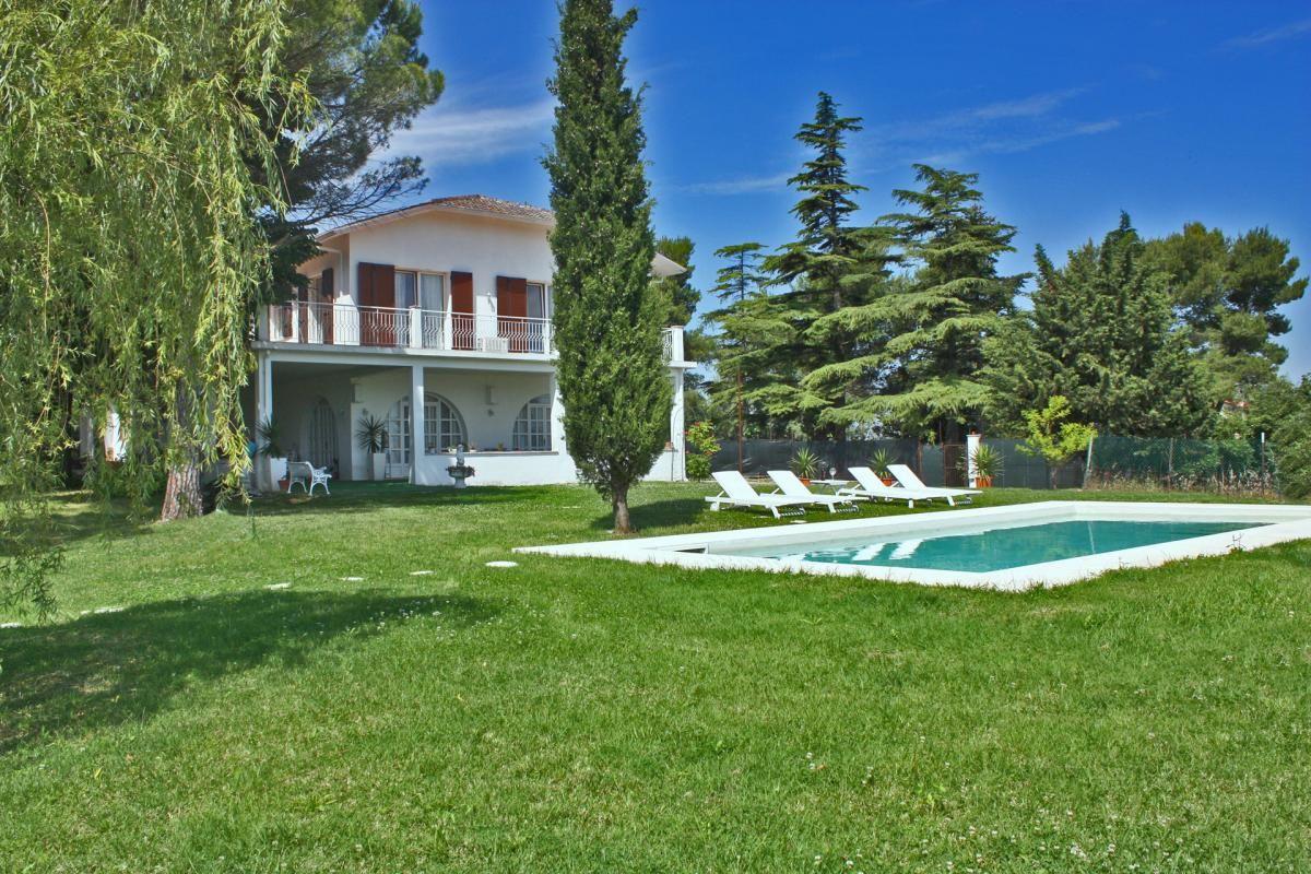 Vakantie Huizen Italie : Vrijstaande vakantie villa met zwembad emilia romagna italian