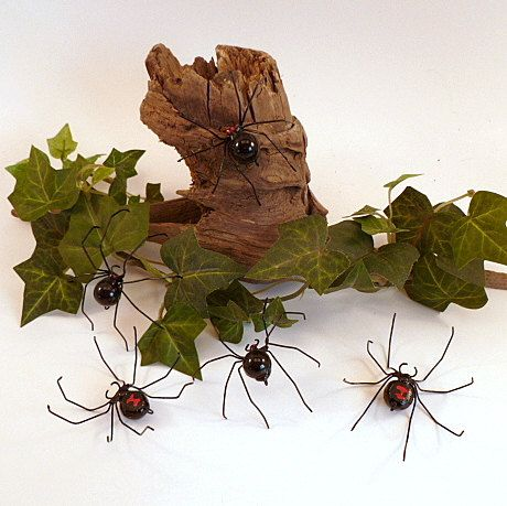 Lovely lacy spiders handmade by this etsy specialist of  metal spiders