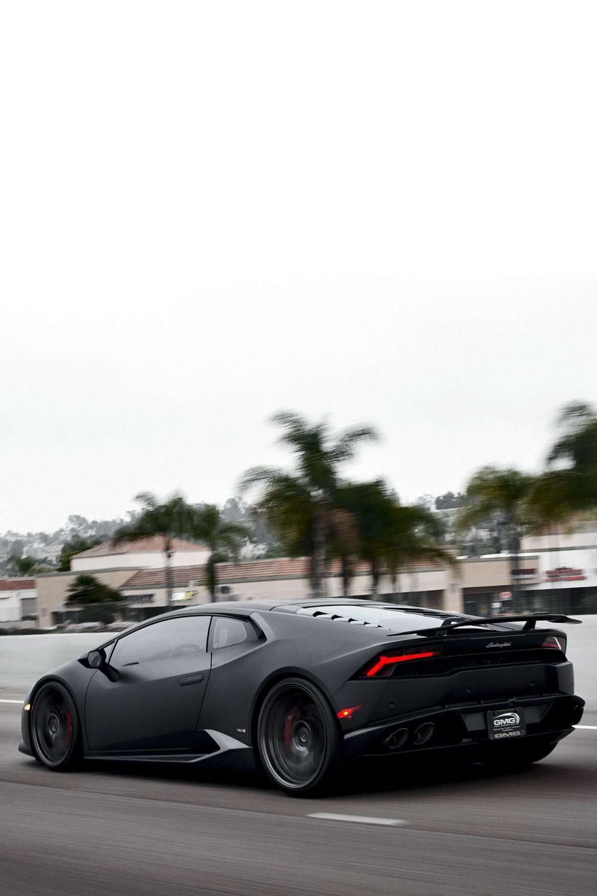Lamborghini Huracan Low Storage Rates And Great Move In Specials Look No Further Everest Self Storage Is Th Lamborghini Huracan Lamborghini Lamborghini Veneno