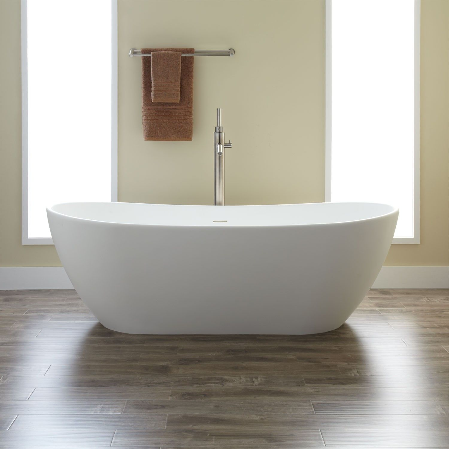 Winifred Resin Tub 71 Dimensions 71 L X 33 W Front To Back X 24 H 1 2 Water Capacity With I Free Standing Tub Free Standing Bath Tub Slipper Tubs