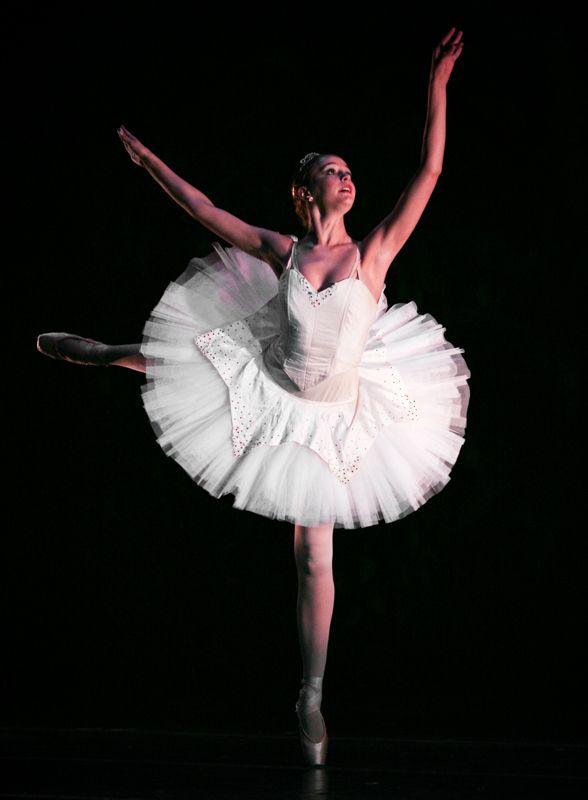 Cary Ballet 2 Modern Dance Cary Dance