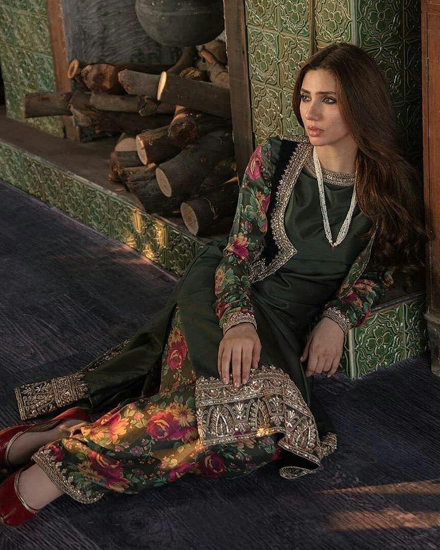 Pin by hoorain noor on mahira khan Designer party wear