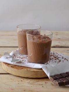 Chia dieta Dukan: Pudim de chia e chocolate (adicione adoçante em vez de tâmaras)