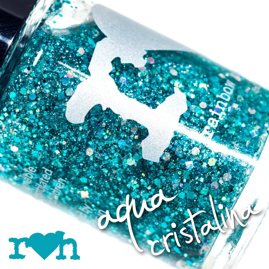 Clear blue waters from famous beaches around the world inspired this glitter topper with heavy aqua and holographic glitters in a crystal clear base!  (15ml, $1