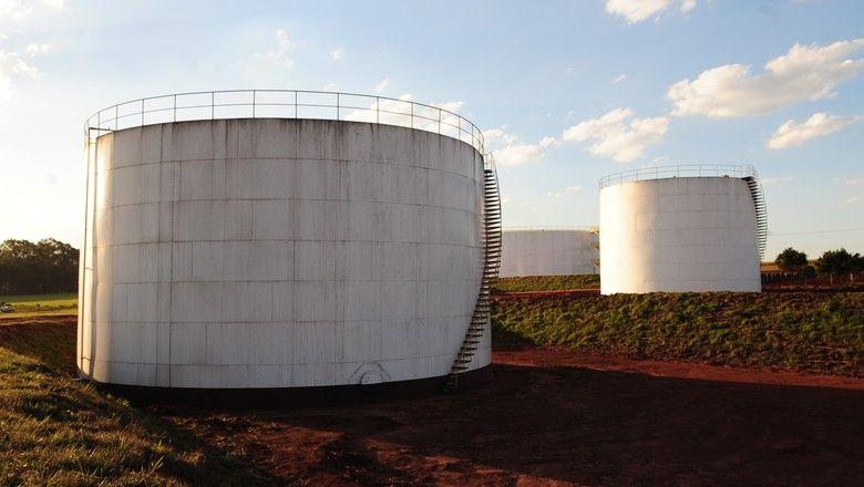 Principal matéria-prima do biocombustívl no país é o milho