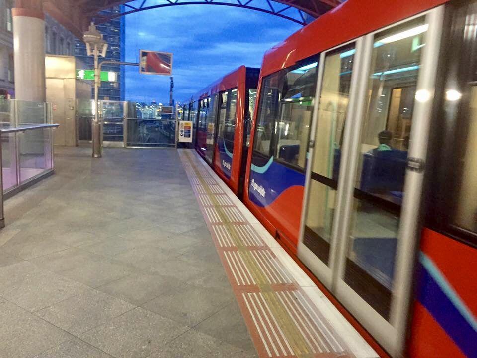 Canary Wharf Dlr Station Docklands Light Railway Dlr London Docklands