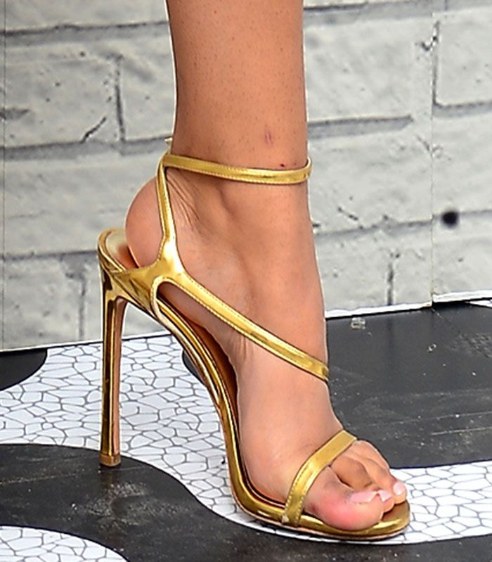 64b271f2a95 Chanel Iman Summer Chic in Stuart Weitzman  Sultry  Sandals
