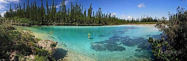 Natural swimming pool Isle of Pines (nouvelle caledonie)