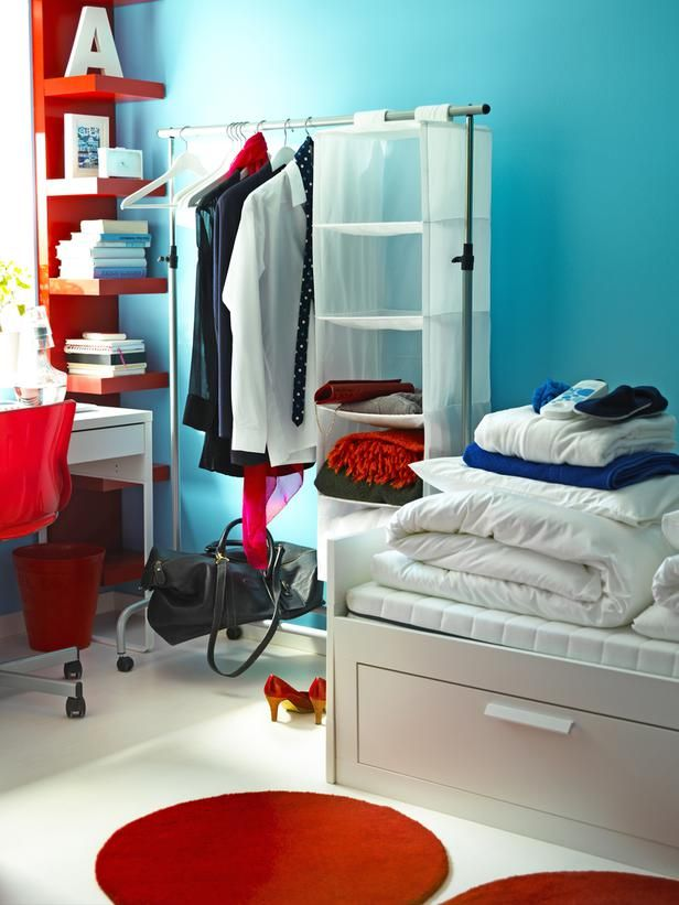 20 Chic and Functional Dorm Room Decorating Ideas