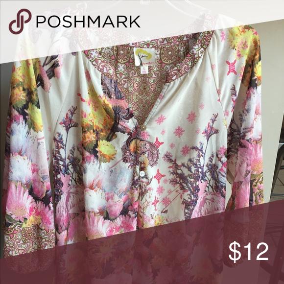 Ladies Fig And Flower Blouse My Posh Closet Pinterest Blouse
