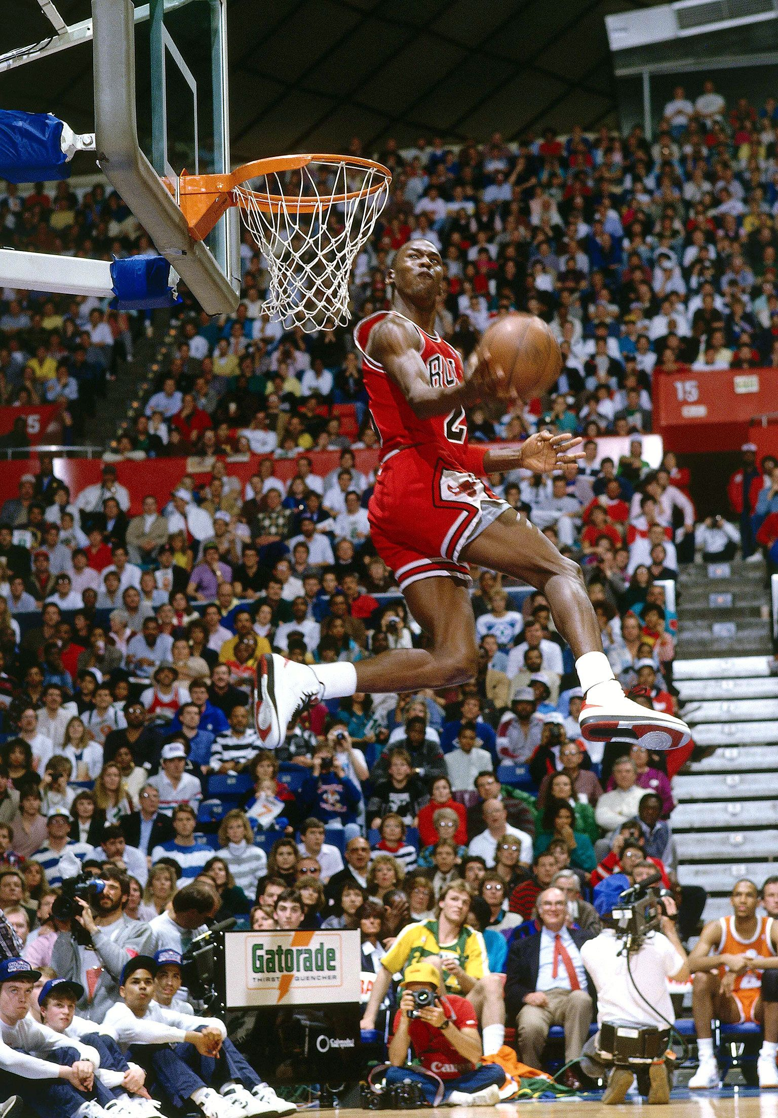Michael Jordan Winning The 1987 Slam Dunk Competition With A Take Off From Free Throw Line MichaelJordan AirJordan