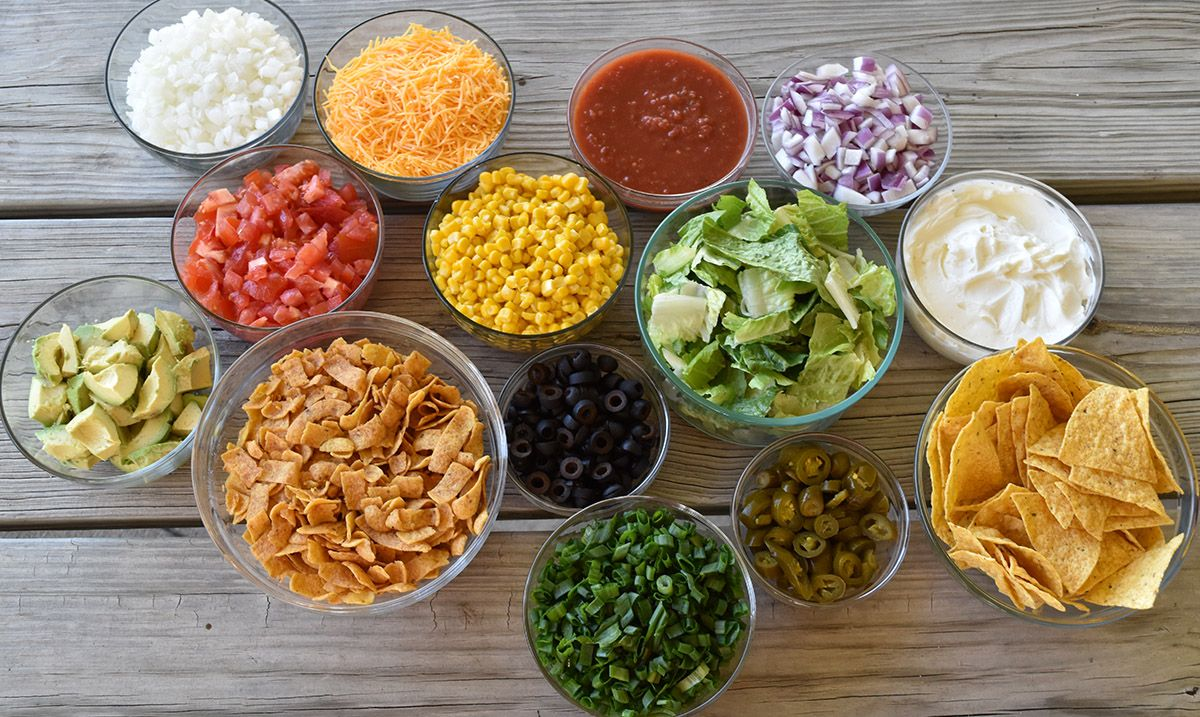 How to Throw a Chili Bar Party