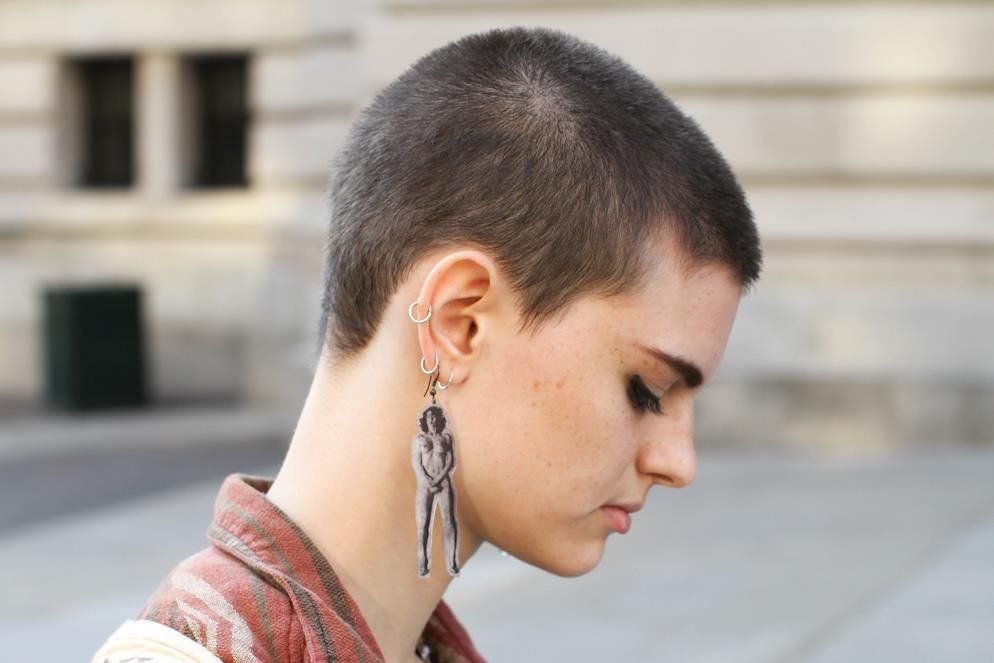 how to grow out a buzz cut woman