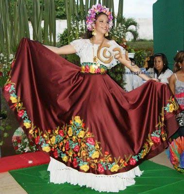 Traje Típico De Minatitlán Veracruz Mexico El Mundo