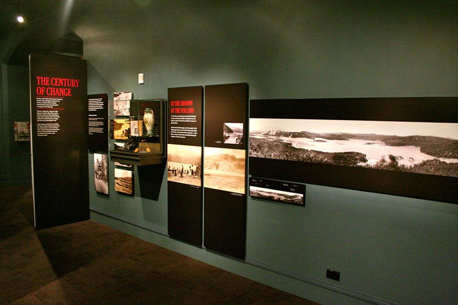Museum Panel Design Google 搜索 Exhibition Text Design
