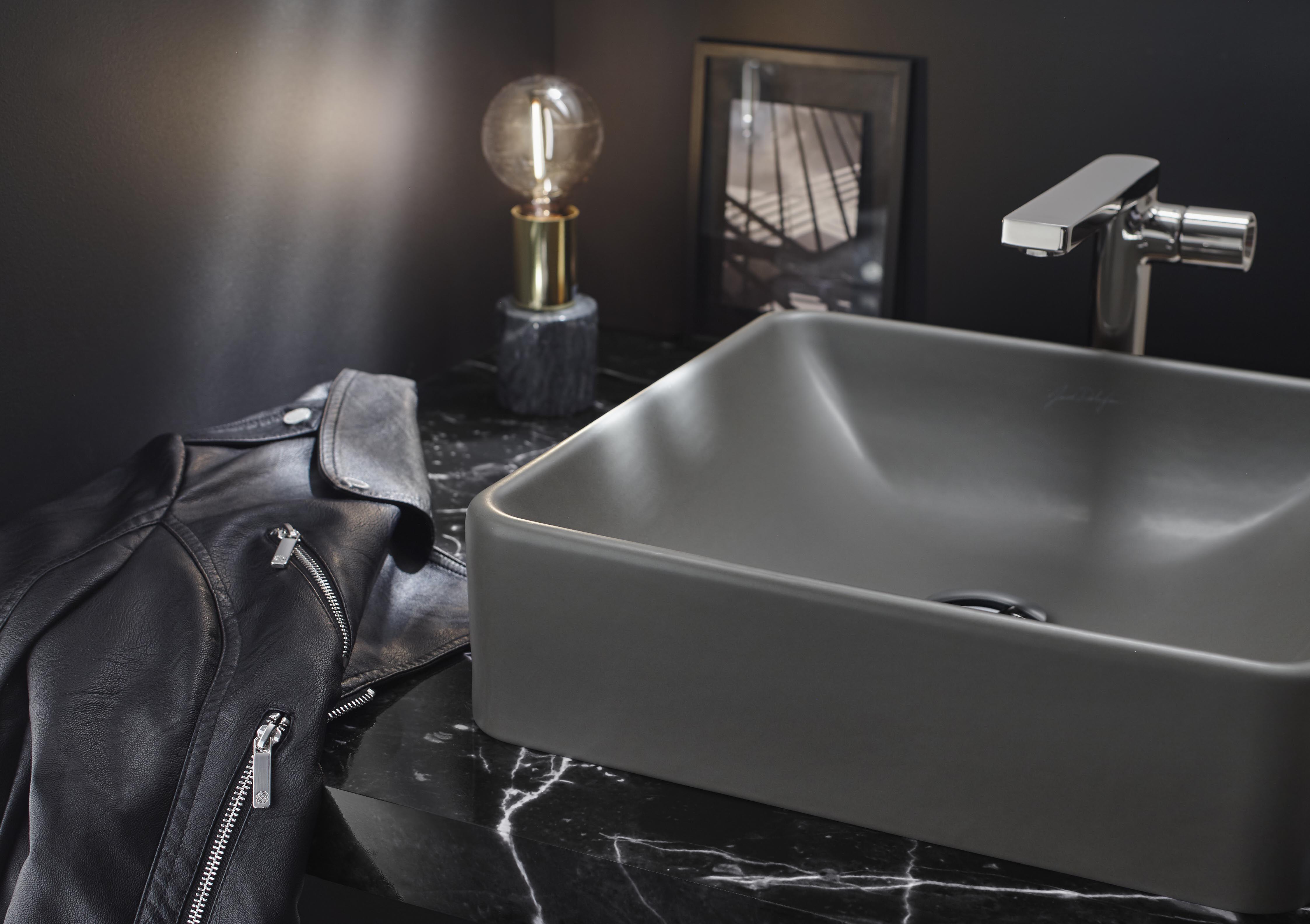 Jacob Delafon Souhaite Insuffler A Ses Produits Phares Encore Plus De Style Et De Caractere Inspire Des Anciennes Usines P Vasque Vasque A Poser Vasque Lavabo