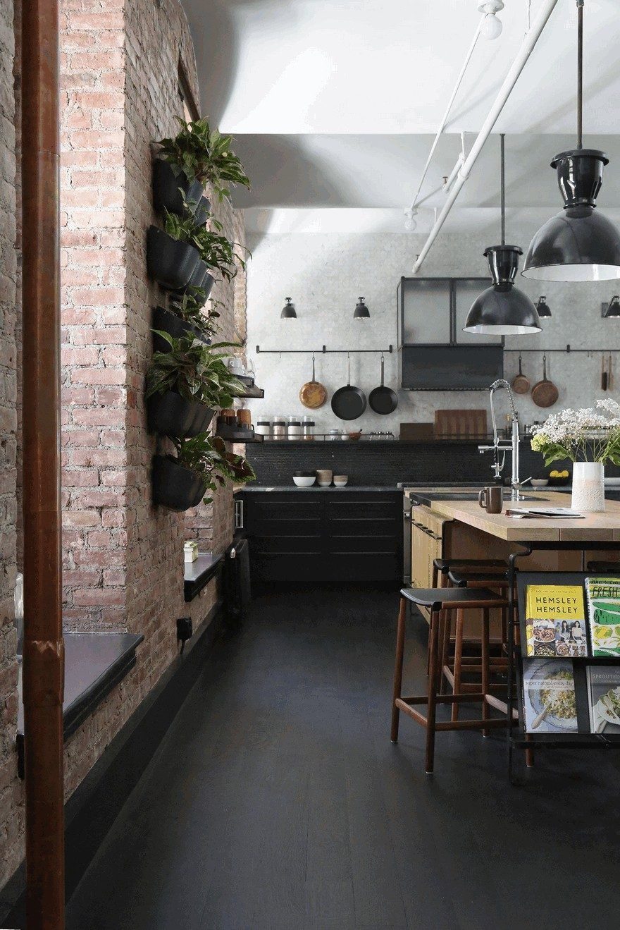 1903 Noho Factory Converted Into Industrial Loft Style Home Homes Interior Design Kitchen
