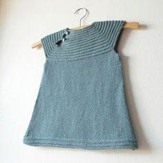 Modele tricot robe petite fille gratuit