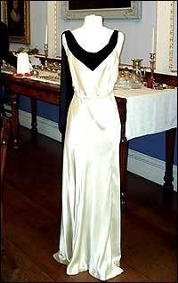"""The infamous green dress from """"Gosford Park"""" that I ...  