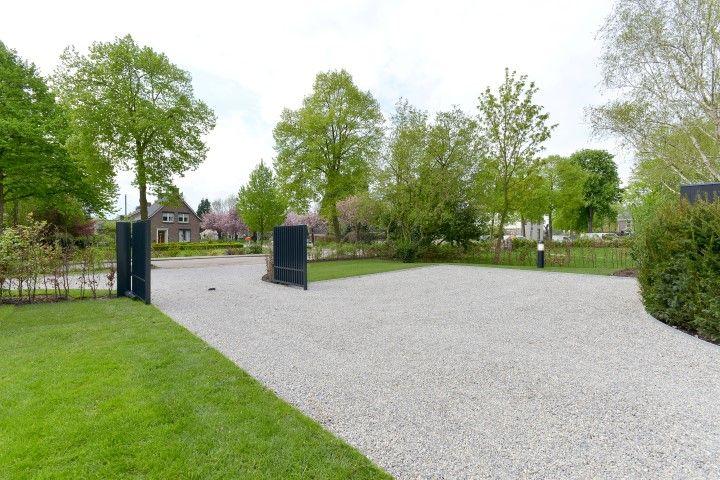 Www.hendrikshoven boerderijtuin #renovatieboerderij rietenkap