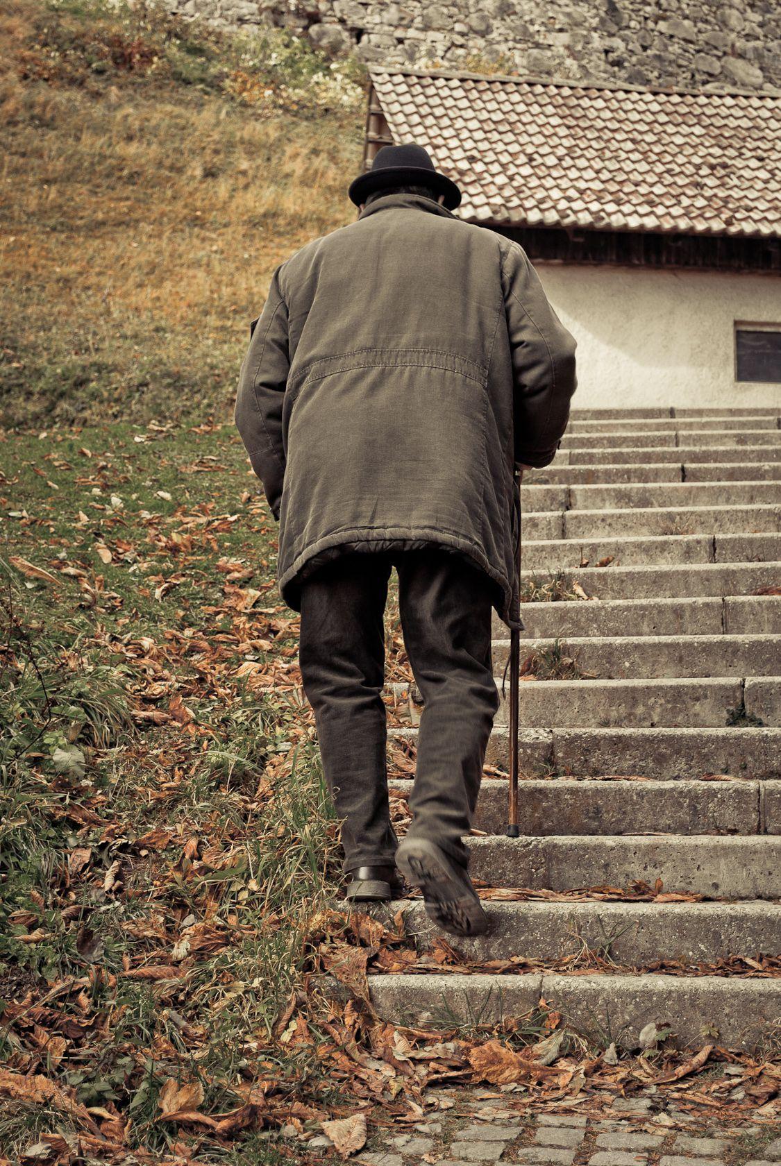 elderly man walking - photo #13