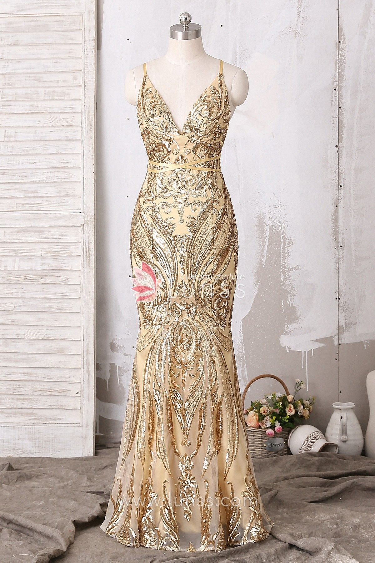 363480158278 Noble and elegant, this gold floor-length mermaid dress features spaghetti  strap V-neck and crisscross back. The abstract pattern sequin is an  eye-catching ...