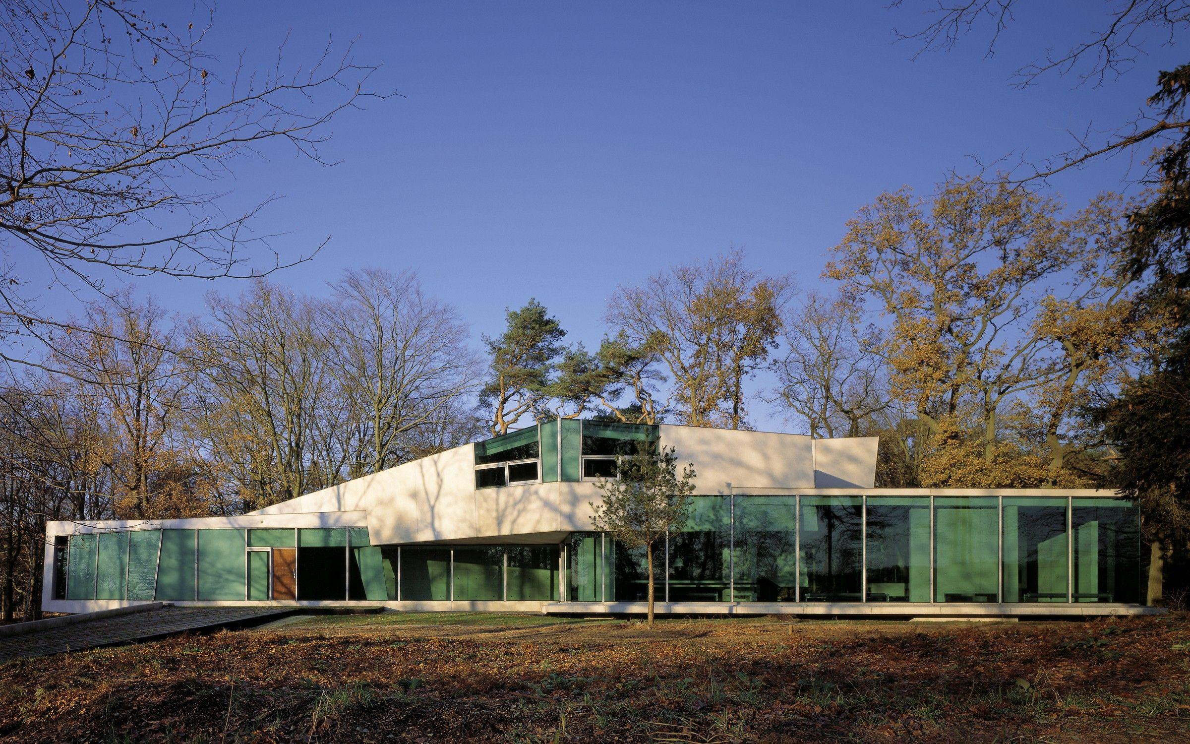 Un studio van berkel bos möbius house a part of the collection the un private house