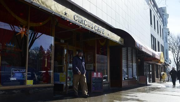 Saratoga's Circus Cafe expanding with 'Crown Grill