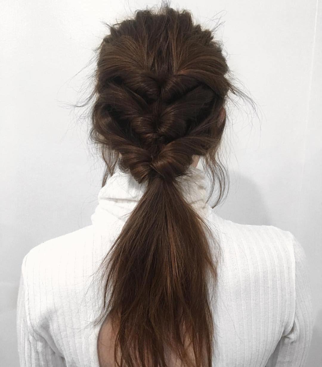 10 Angesagtesten Pferdeschwanz-Frisuren für Lange Haare – Einfach Pferdeschwanz //  #Angesagtesten #Einfach #für #Haare #lange #Pferdeschwanz #PferdeschwanzFrisuren #ponytailhairstyles