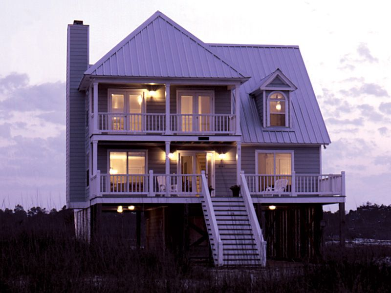 Parham raised coastal home vacation style porch and for Elevated bungalow house plans