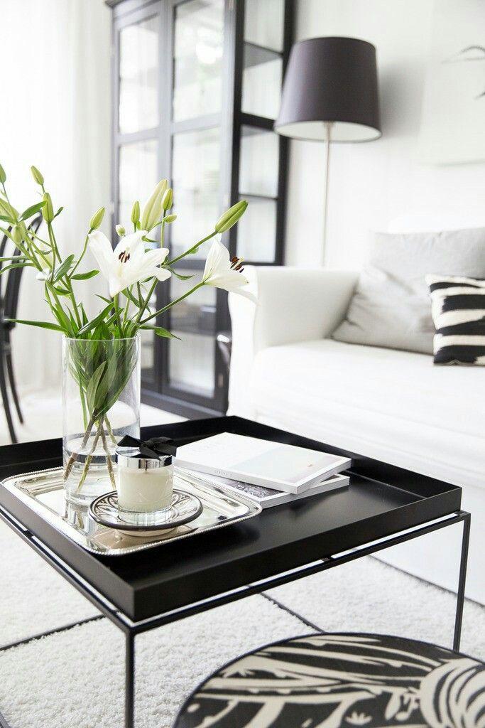 zwart interieur deuren modern interieur woonkamer decor huiskamers salontafel styling koffietafels