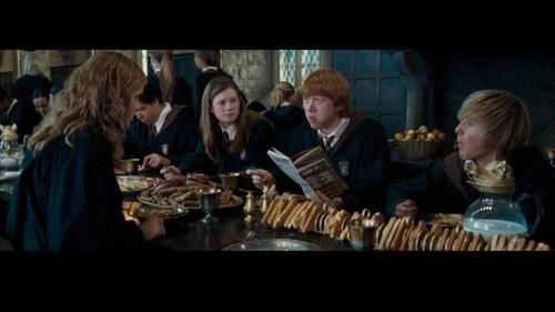 Next To Rupert Sits Alex Watson Emma S Brother 0 0 Gosh I Always Wondered Who That Kid Was Harry Potter Fandom Harry Potter Harry Potter Series