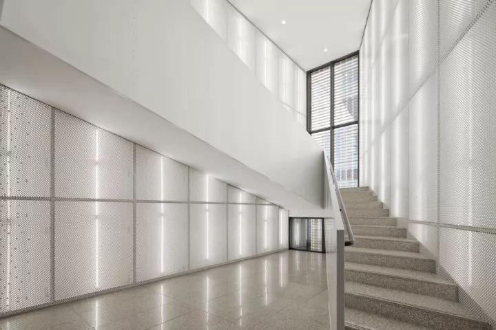 本溪文化艺术中心 / 陶磊建筑设计