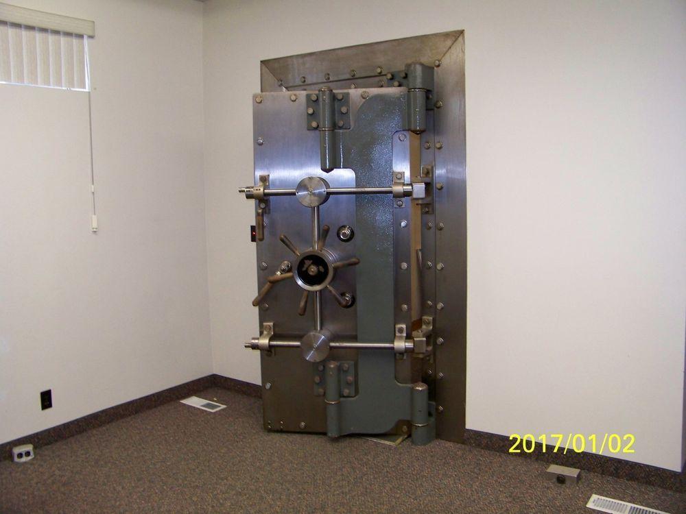 vault door - Google Search | Quiche | Pinterest | Vault doors, Doors and  Room - Vault Door - Google Search Quiche Pinterest Vault Doors, Doors