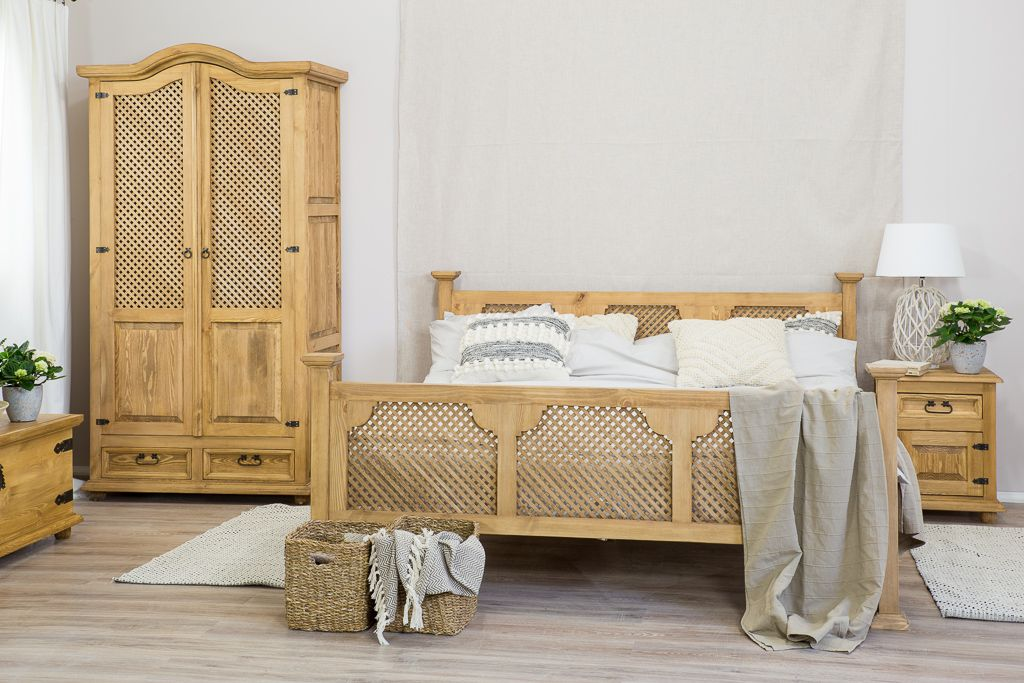 łóżko Z Drewna Sosnowego Kryte Woskiem Pszczelim Model Acc01 Meblo