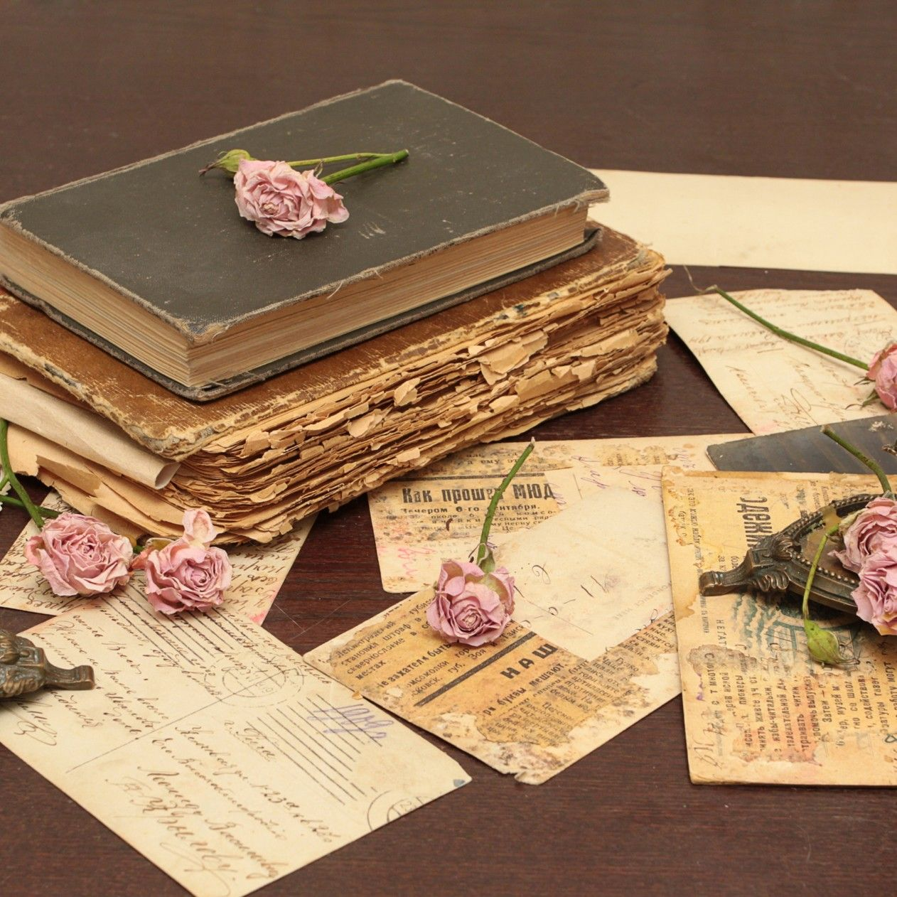 A Old Book Two Candles And Pink Roses Vintage Wallpaper 1262x1262 Download Vintage Wallpaper Book Wallpaper Antique Books