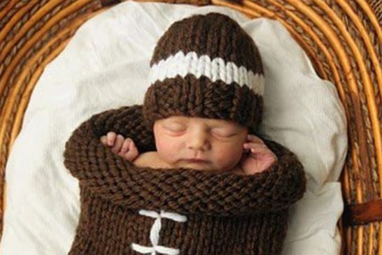 Crochet Baby Crown Pattern Free Easy Video Tutorial Baby Cocoon