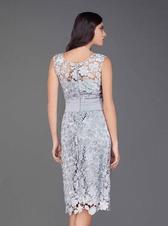 e319215409af Κλασικό φόρεμα κοντό με δαντέλα - Κλασικά Φορέματα