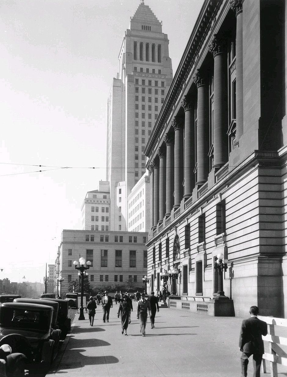 1931 Looking South On Main Street Across Temple At The Old Federal Building Post Office Los Angeles Architecture Los Angeles History California History