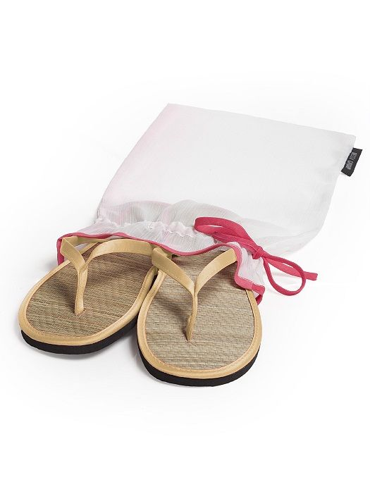 Wedding Flip Flops in Bridesmaid Colors http://www.dessy.com/accessories/flip-flops-in-bridesmaid-colors/#.VXPEy5rD-Ag