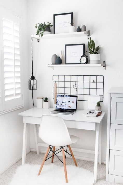 21 Ideas To Decorate A Small Apartment Spotted On Pinterest Le So Girly Blog Apartment In 2020 Simple Bedroom Decor Cute Desk Decor Small Space Bedroom