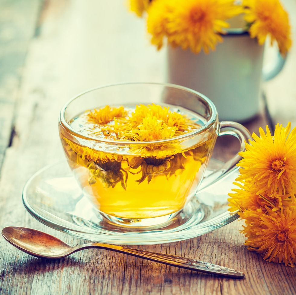 Dandelion Tea 6 Ways It Could Benefit Your Liver Immunity And Weight Dandelion Tea Dandelion Tea Benefits Dandelion Benefits