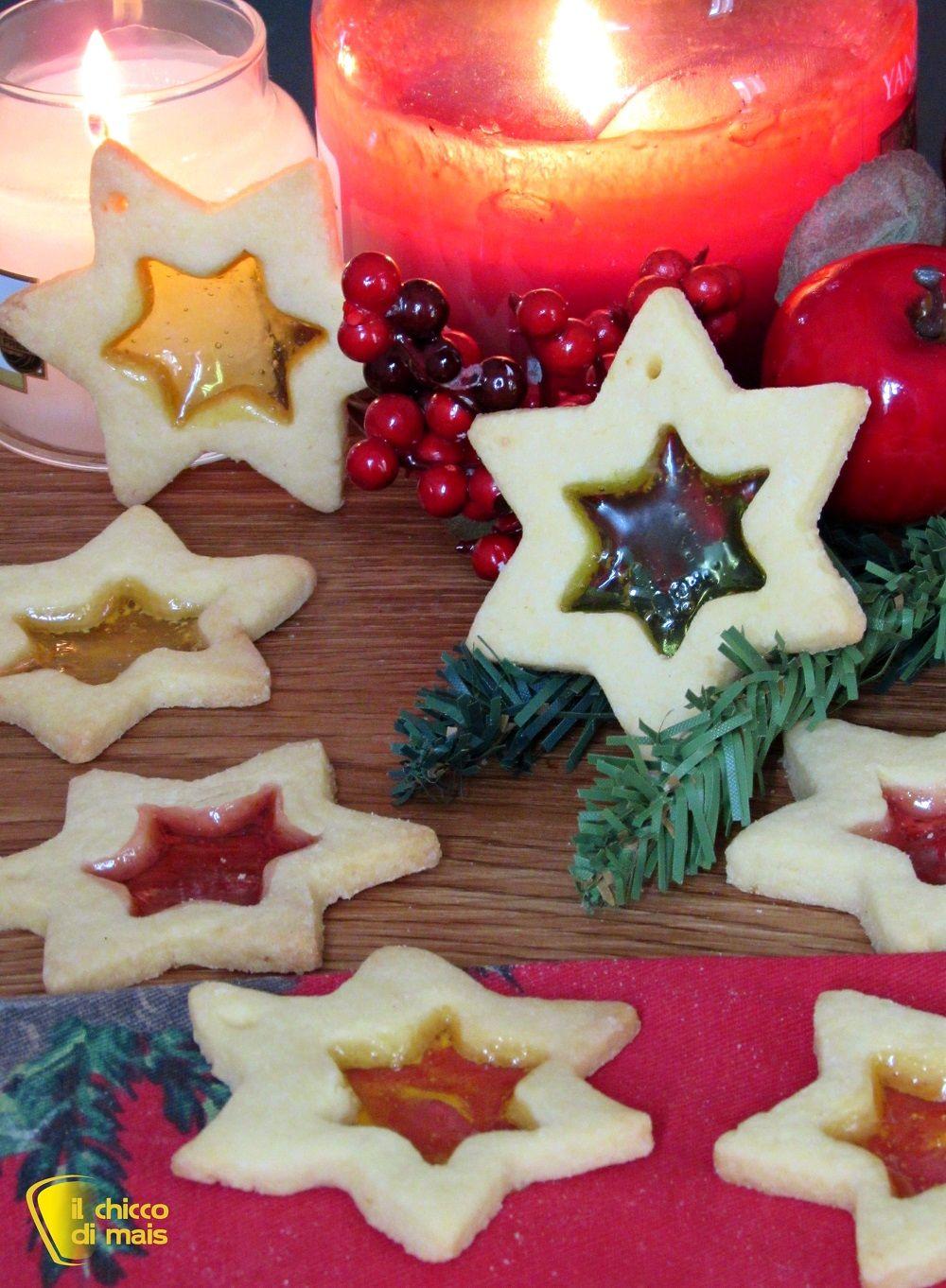 Biscotti Di Natale Effetto Vetro.Verticale Biscotti Di Vetro Natalizi Con Caramelle Gommose Da